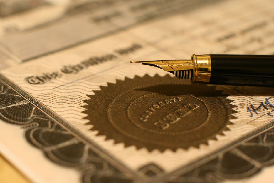 fountain pen on corporate