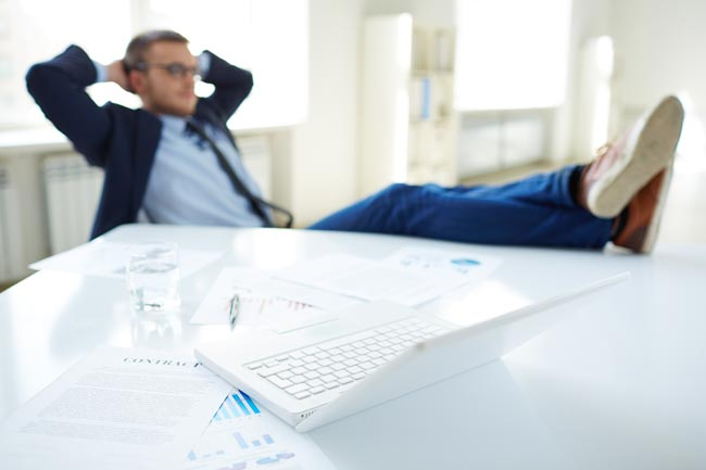 NEW RESEARCH HIGHLIGHTS THE TERRIFYING EFFECTS OF SLEEP DEPRIVATION ON WORKERS