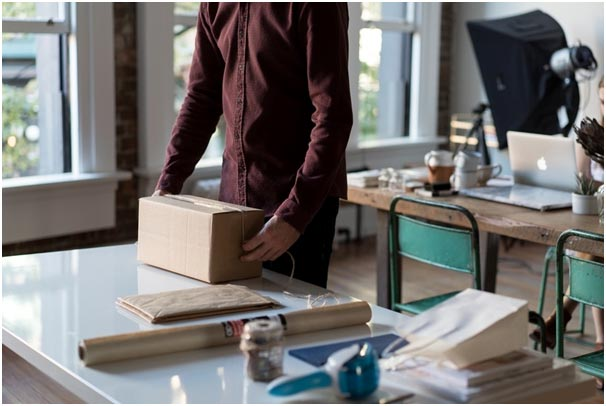 Tips for Moving Office: How to Use Packing Boxes Efficiently-2