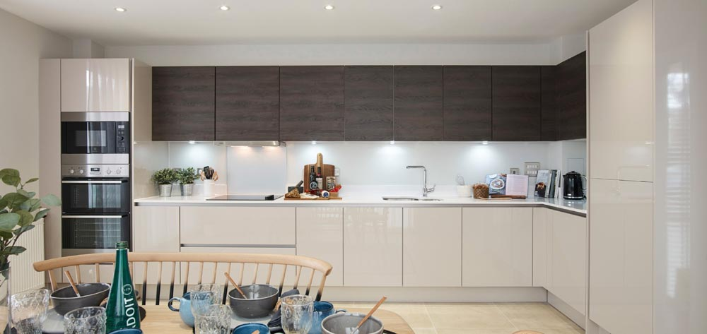 Überhaus Show Home Offers The Wow Factor At Acton Gardens-3