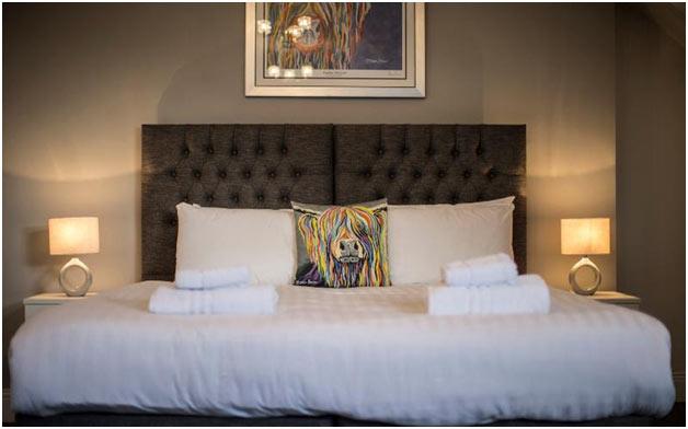PWC-UK-Hotels