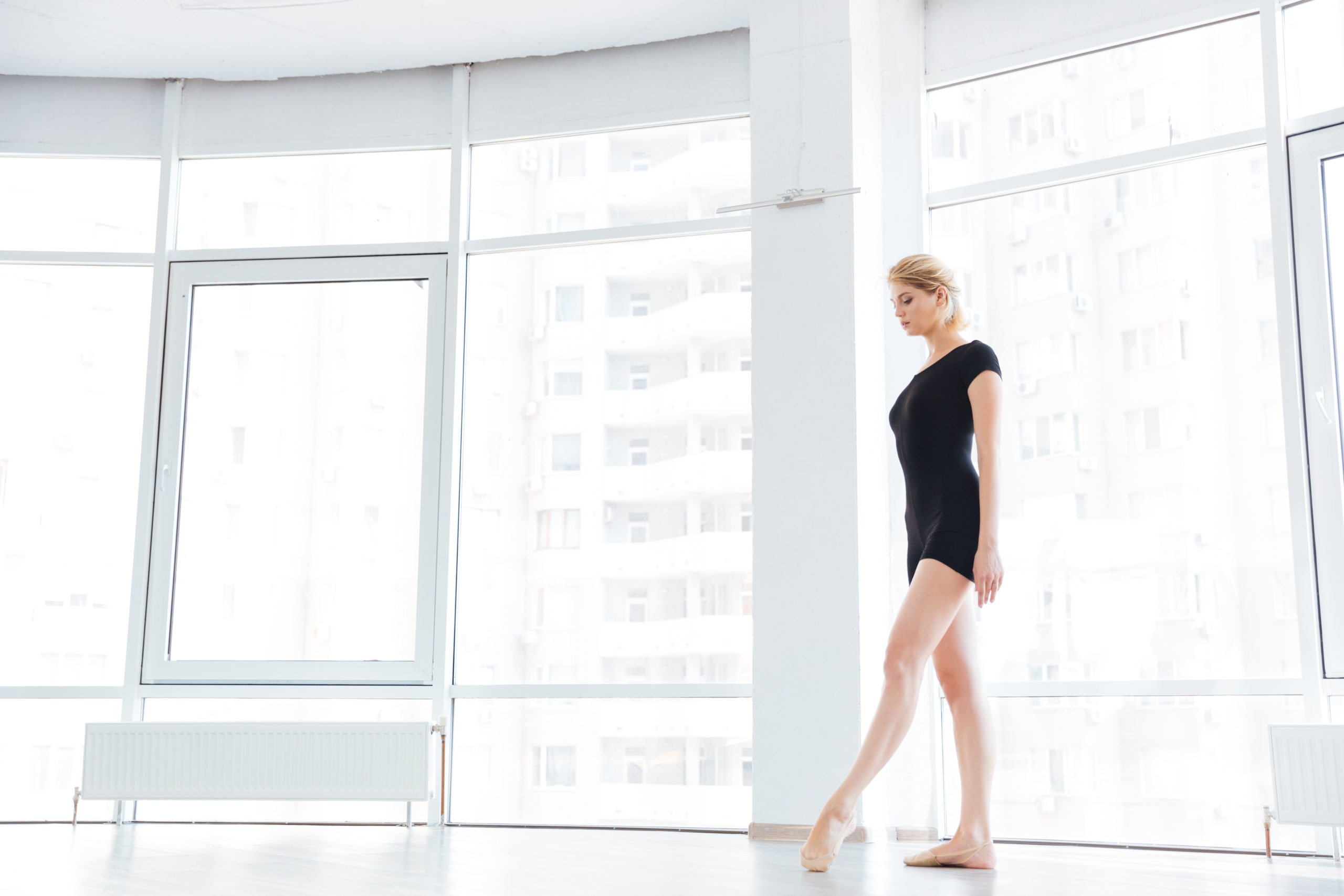 Perfect Your Posture With These Ballet Dancer-Inspired Tips 39