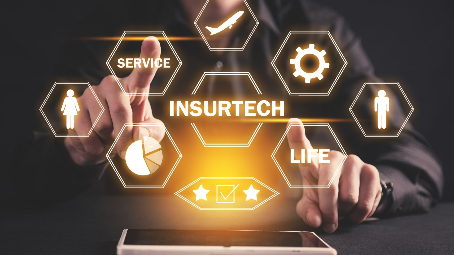 How insurers should approach the digitalisation of services 14