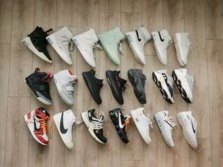 How to earn money selling sneakers 45