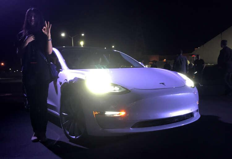 Tesla Q2 deliveries meet analysts' estimates despite chip shortage, shares gain 41