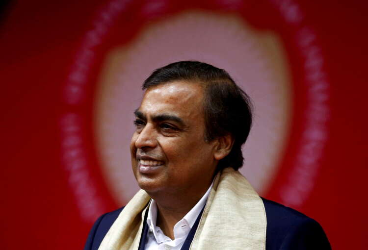 Indian billionaires face off in race to solar domination 37