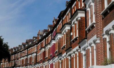 UK housing boom may derail post-Brexit trade dreams 53