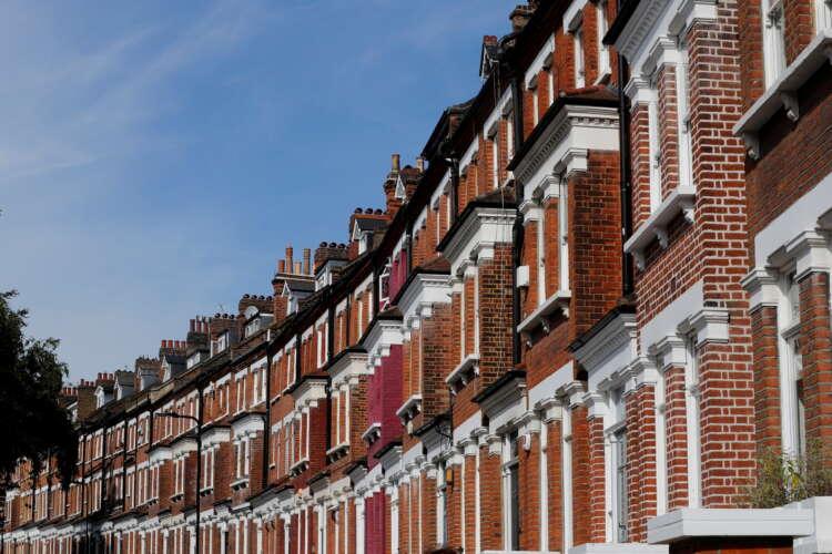 UK housing boom may derail post-Brexit trade dreams 41