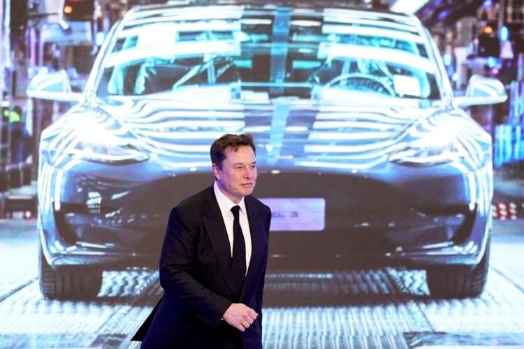 Musk trial asks the $2 billion question: Who controls Tesla? 38