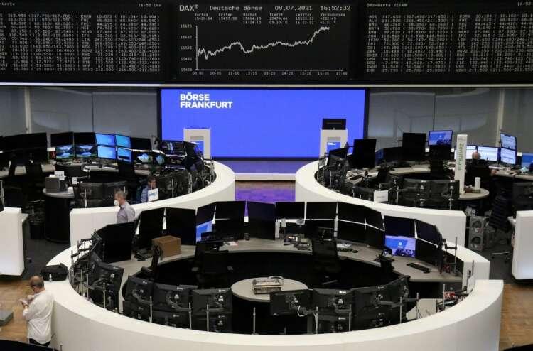 European stocks rise on bargain-hunting, erase weekly losses 38