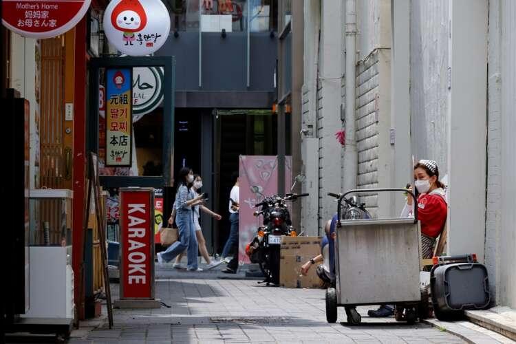 S.Korea suspends baseball season as toughest COVID-19 curbs take force 41