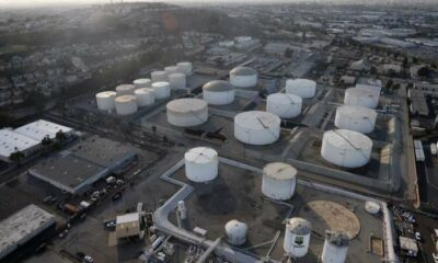 Oil prices slip as economic fears offset tightening crude supplies 39