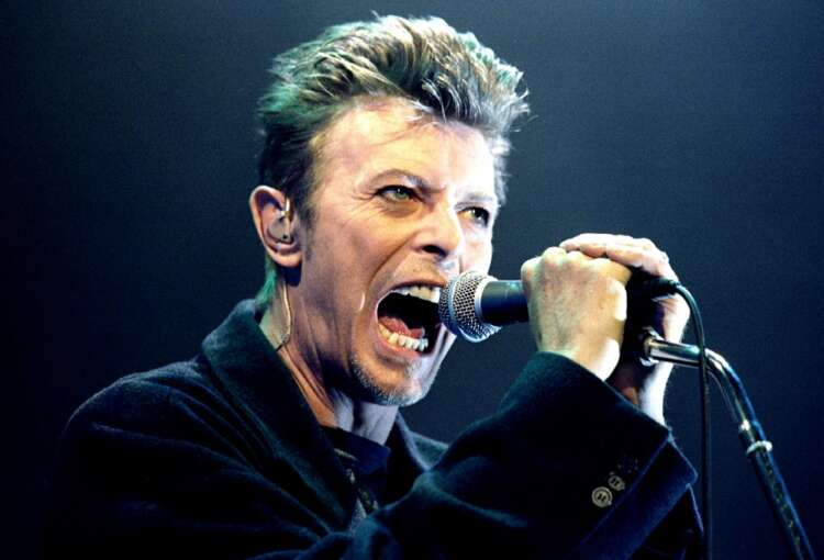 David Bowie album art and photographs headed for auction 41