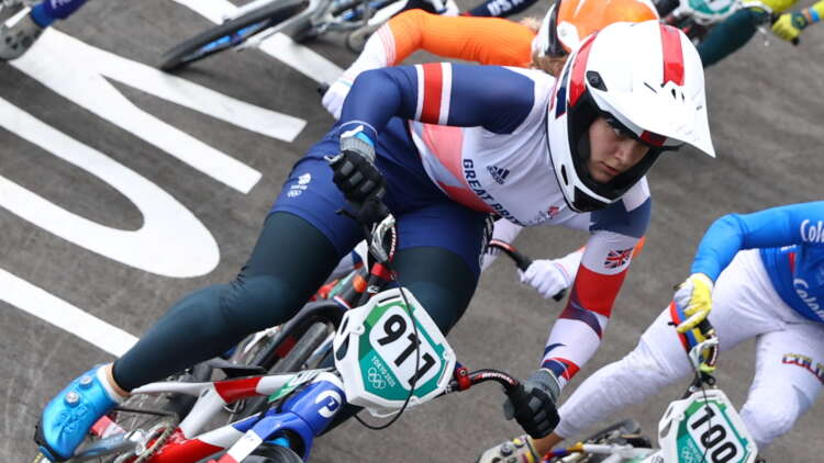 Olympics-Cycling-Britain's Shriever wins gold in women's BMX 41