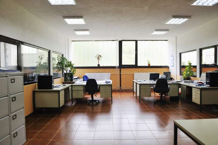 Research from EPOS reveals a huge disparity about the return to the office 41