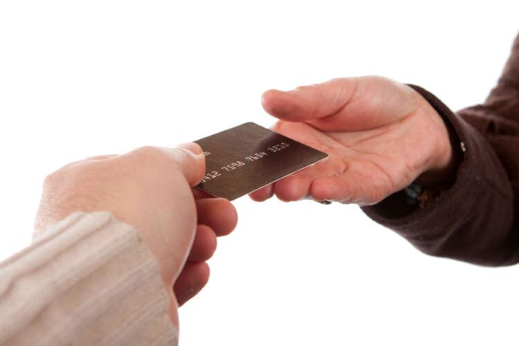 Vive la France: Cashless & Card Opportunities 41