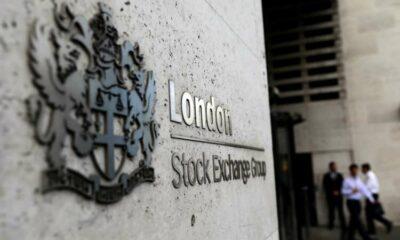 Strong earnings, dividend bonanza push FTSE 100 higher 57