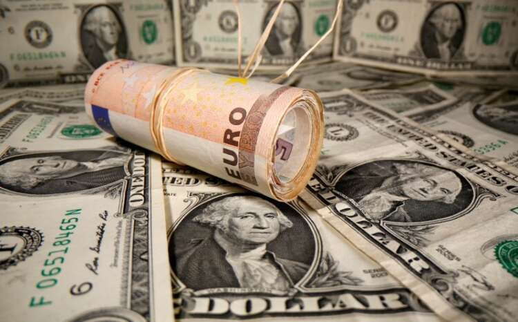 Dollar dented as consumer sentiment dives 45