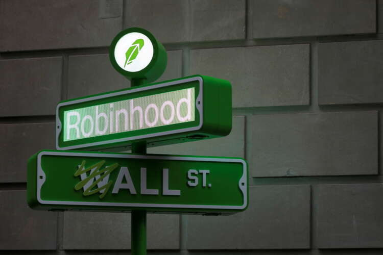 Robinhood sees retail traders taking a breather in third quarter 41