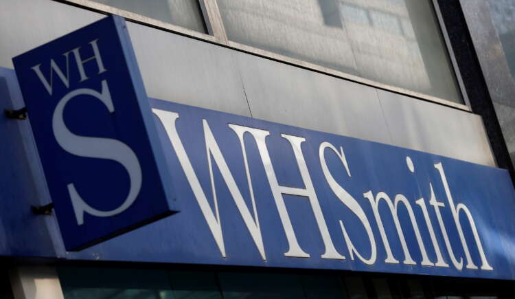 WH Smith warns on 2022 profit due to slow travel recovery 41
