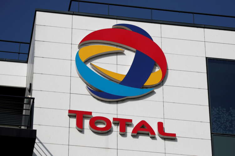 Iraq and Total sign $27 billion energy projects deal 41