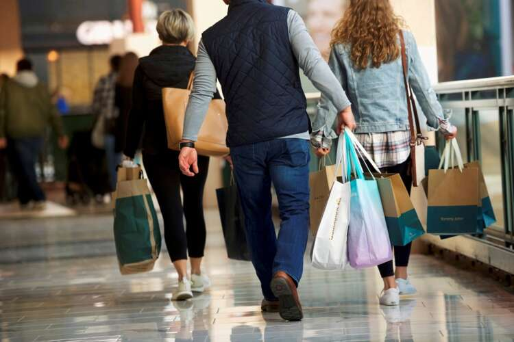 U.S. consumers' inflation expectations highest in 8 years, NY Fed says 41