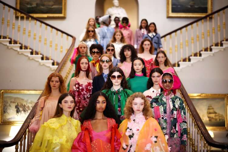 Catwalk shows return at hybrid London Fashion Week 41
