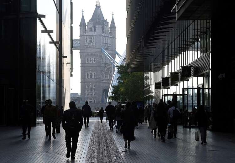 Analysis-End of furlough brings uncertainty for UK jobs and economy 41