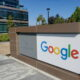 Google wants to use AI to time traffic lights more efficiently 56