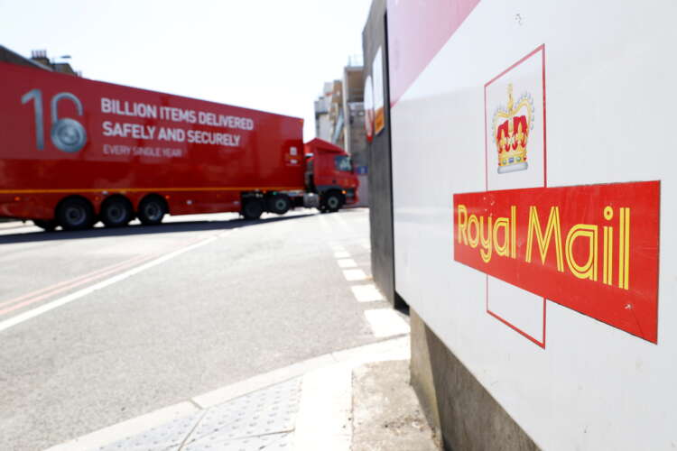 Royal Mail adds Canada freight strength with $287 million Rosneau deal 41