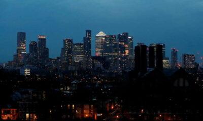 Markets could face 'sharp correction', Bank of England warns 28