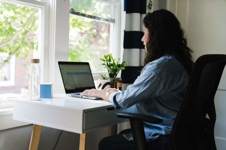 How to balance freedom and productivity while hybrid working 41